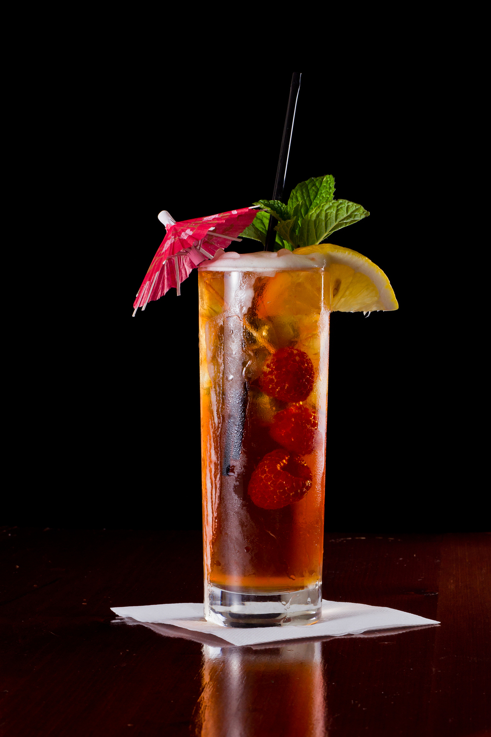 Top-10-Most-Popular-Cocktails-In-The-World-Long-Island-Iced-Tea
