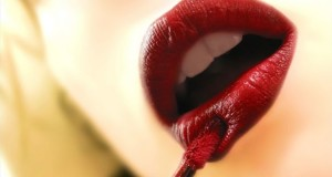 article-new_ehow_images_a04_b2_oe_get-perfect-red-lip-800x800